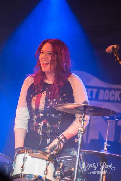 Stone Broken Robyn live